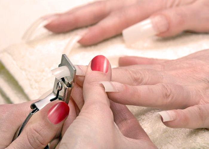 Наращивание ногтей на типсах