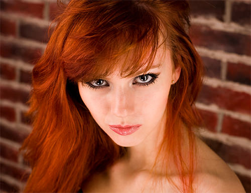 Холодные оттенки в рыжем цвете волос