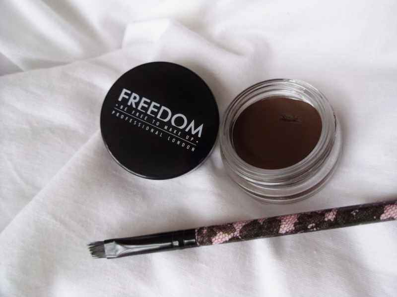 Freedom Makeup Pro Brow Pomade