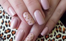 Процедура наращивания ногтей акрилом
