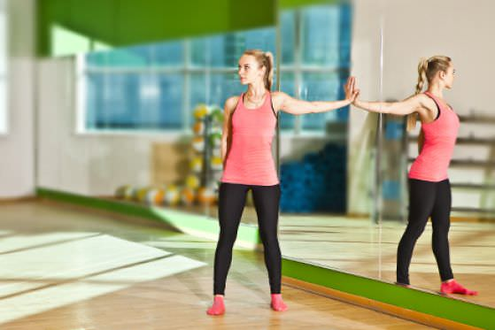 упражнения для растяжения позвоночника
